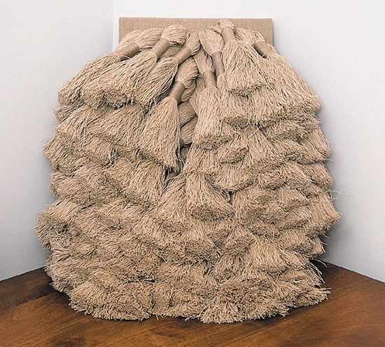 "Sheila Hicks, COMPRESSE II, linen, 14"" x 26"", 1967, photo © Tom Grotta"
